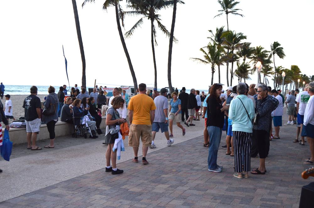 crowdsidewalk